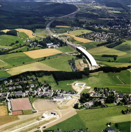 http://www.autobahn-online.de/images/1997_06.jpg